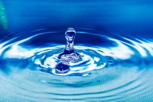 drop-of-water-261860_640